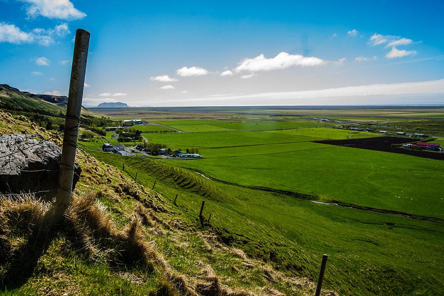 Исландия день второй. Вид со смотровой площадки над водопадом Скогафосс 9734