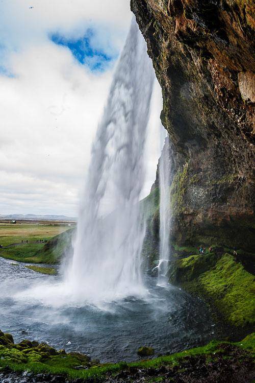 Исландия день второй. Под водопадом Сельяландсфосс 9822