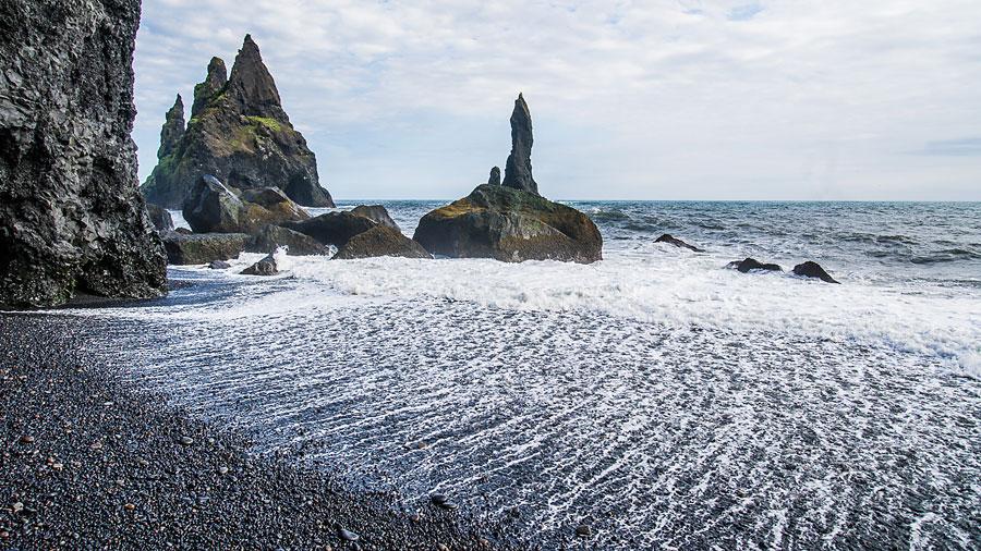 Исландия день второй. Пальцы Тролля и прибой