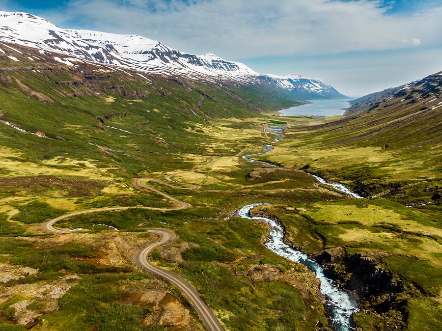 Исландия день четвертый. Вид от Клифбреккуфоссара на фьорд с дрона