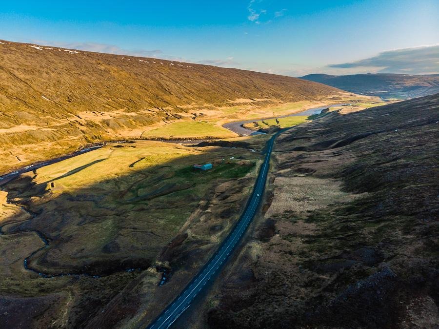 Исландия день четвертый. Вид на трассу 1 около Рьюканди с дрона