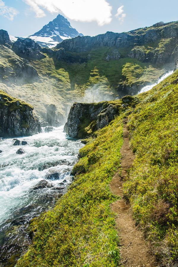 Исландия день четвертый. Около Клифбреккуфоссара