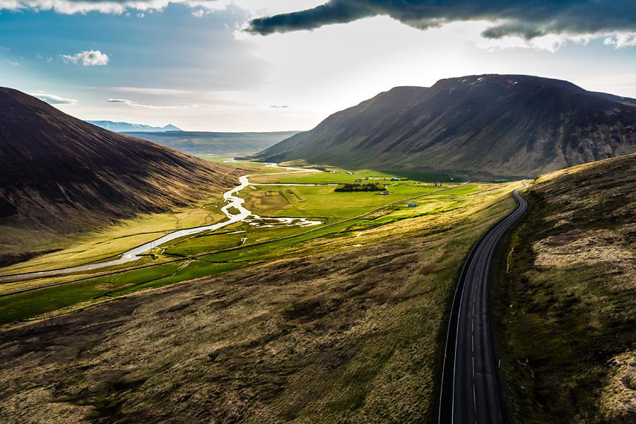 Исландия день шестой. Вид на долину с дрона