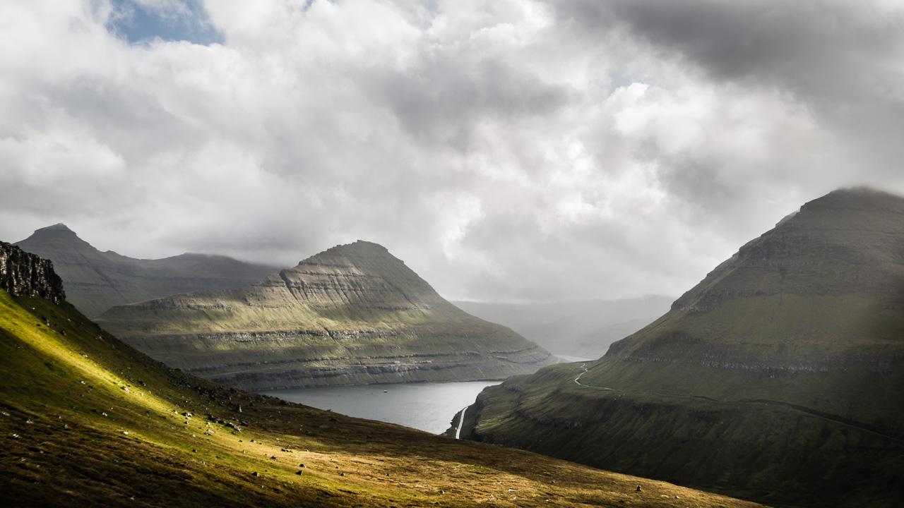 Фареры, день 2 1086|Горы, фьорд и солнце