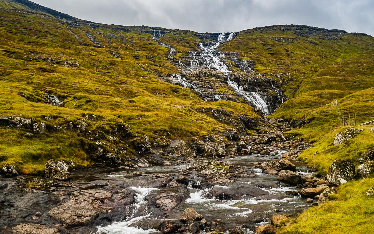 Фареры, день 3 1275 Водопад по дороге