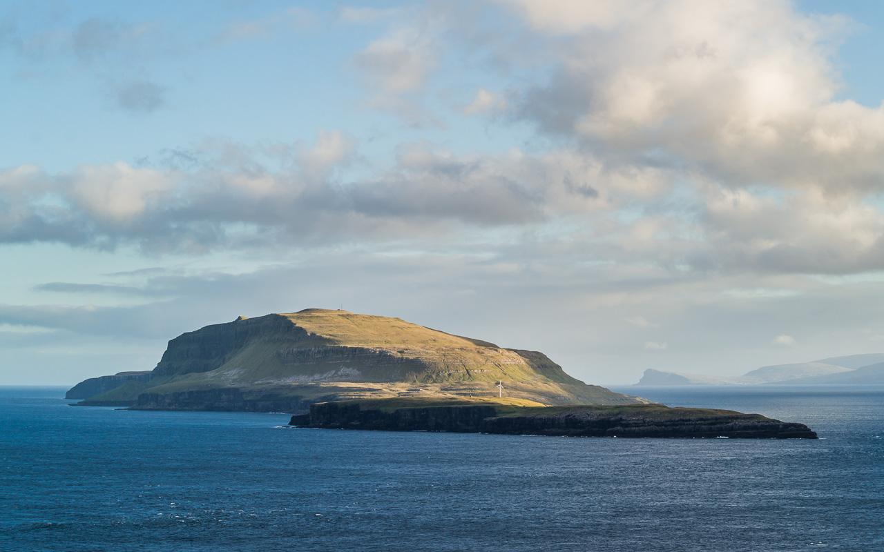 Фареры, день 3 1308|Вид на океан и остров Нолсой