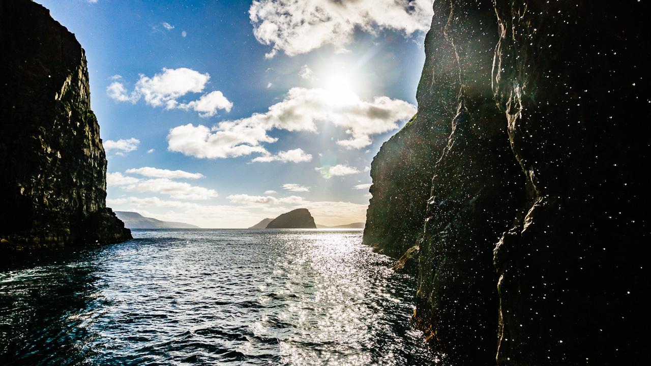 Фареры, день 6 1779|Вид на фьорд из грота