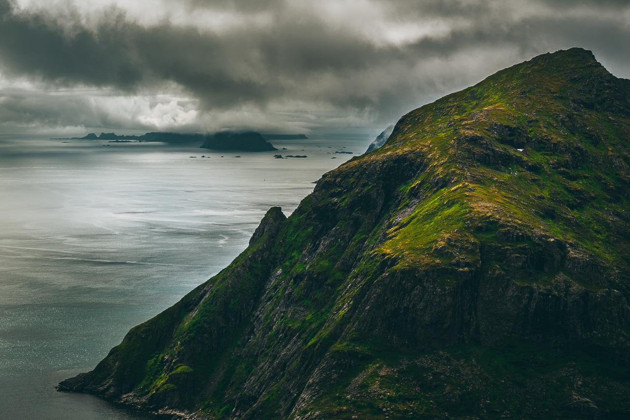 Лофотены, хайк на Тиндстинден 3469|Хмурое Норвежское море...