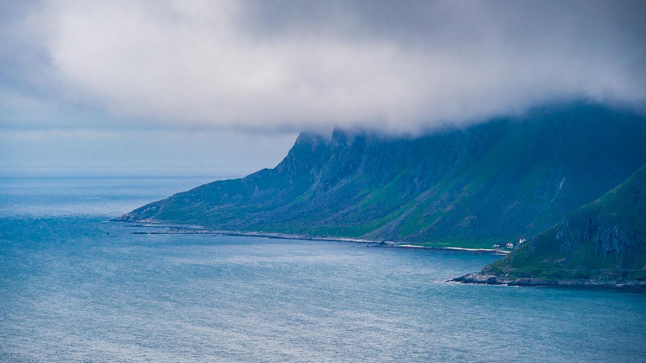 Лофотены, Нуббен и Нюсфьорд 3641|Вид с Нуббена на океан