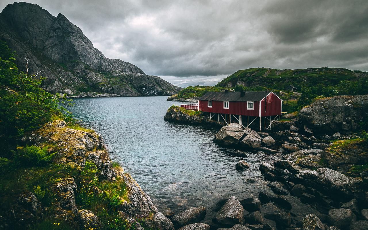 Лофотены, Нуббен и Нюсфьорд 3688|Нюсфьорд и домики рорбу