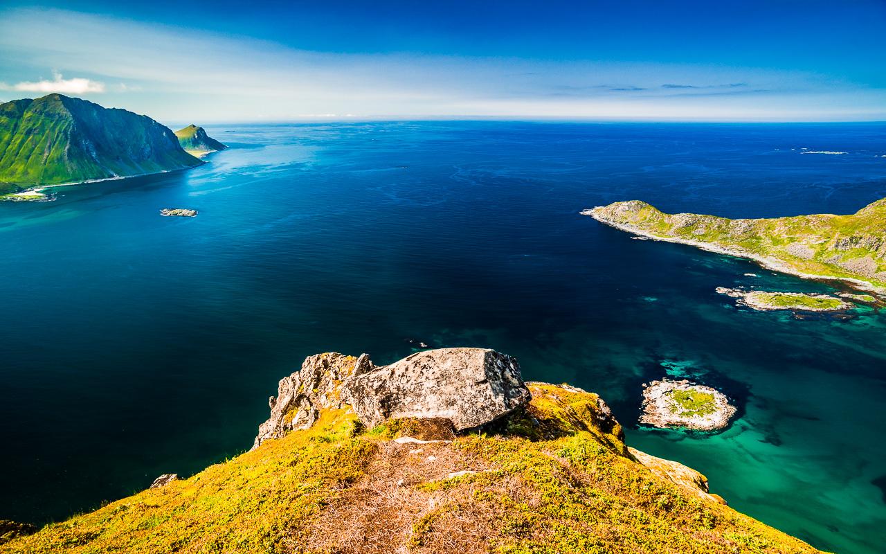 Лофотены, Офферсойкаммен и пляжи 3840|Вид с Офферсойкаммен на Северный Ледовитый океан